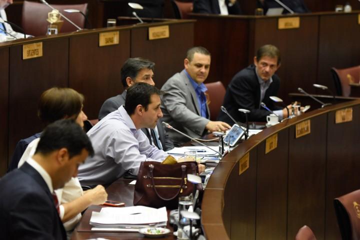 Aprobaron la nueva ley de ministerios san martin a diario for Ley de ministerios